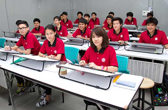 Mechanical-engineering-students-red